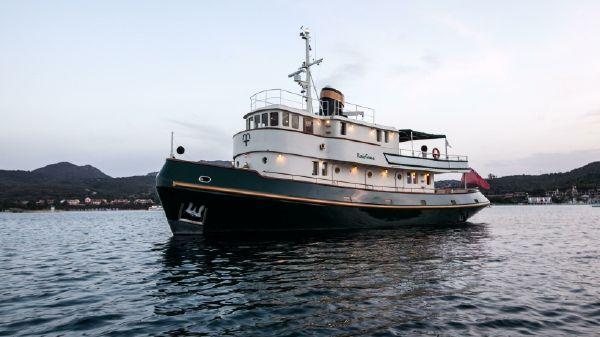 Cantieri Solimano Savona Tug Yacht