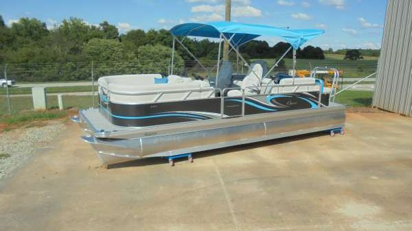 Apex Marine 2017 Qwest LS 824 Lanai DS Bar