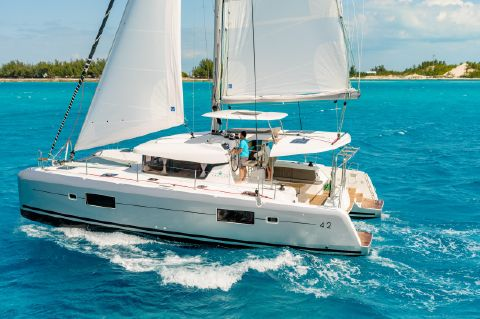 Manufacturer Provided Image: Lagoon 42
