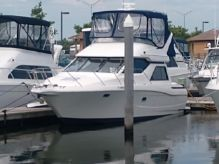 1997 Bayliner 3258 Avanti Command Bridge