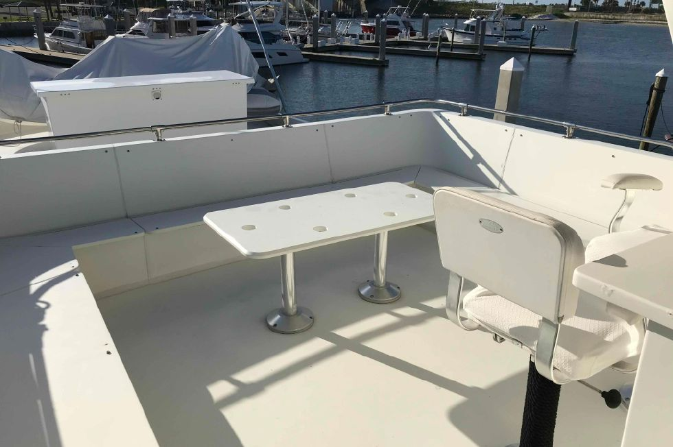 1989 Hatteras 74 CPMY - Hatteras 74 CPMY Flybridge Seating (cushions stored)