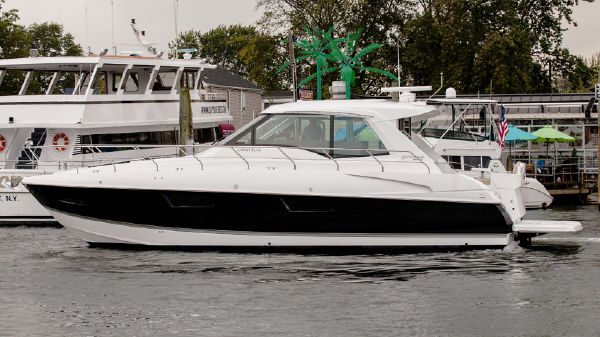 Cruisers Yachts 48 Cantius Port Side