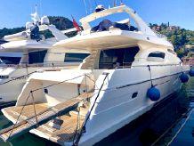 2000 Ferretti Yachts 72