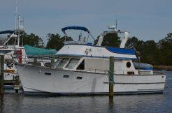 1981 Ocean Alexander 43 Tri-cabin Trawler