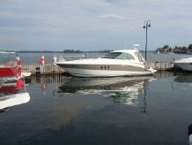 2007 Cruisers Yachts 390 Sport Coupe