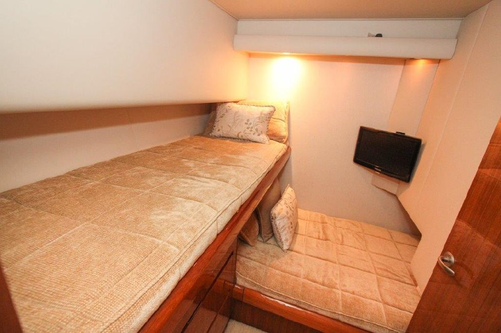 2010 Viking 60 Convertible - Guest Stateroom, Aft
