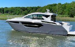 2020 Cruisers Yachts 42 Cantius