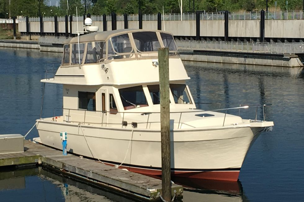 2006 Mainship 43 Trawler Boats for Sale - DiMillo's Yacht Sales