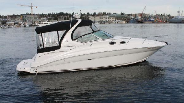 Sea Ray 320 Sundancer Exterior Profile