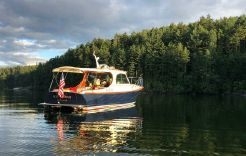 2010 Hinckley Picnic Boat MKIII