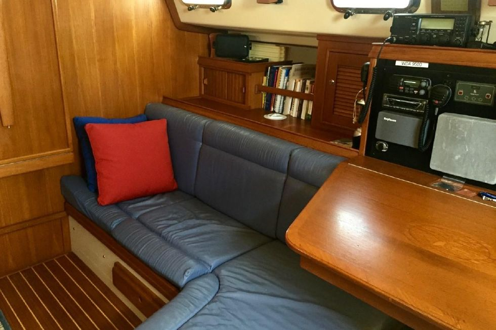 2002 Island Packet 420 Edwards Yacht Sales
