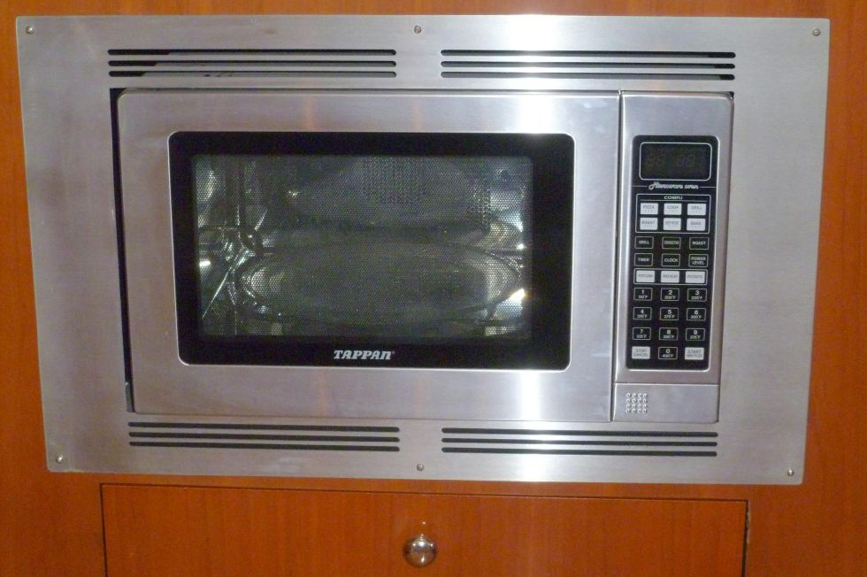 Carver 42 SS Galley Microwave