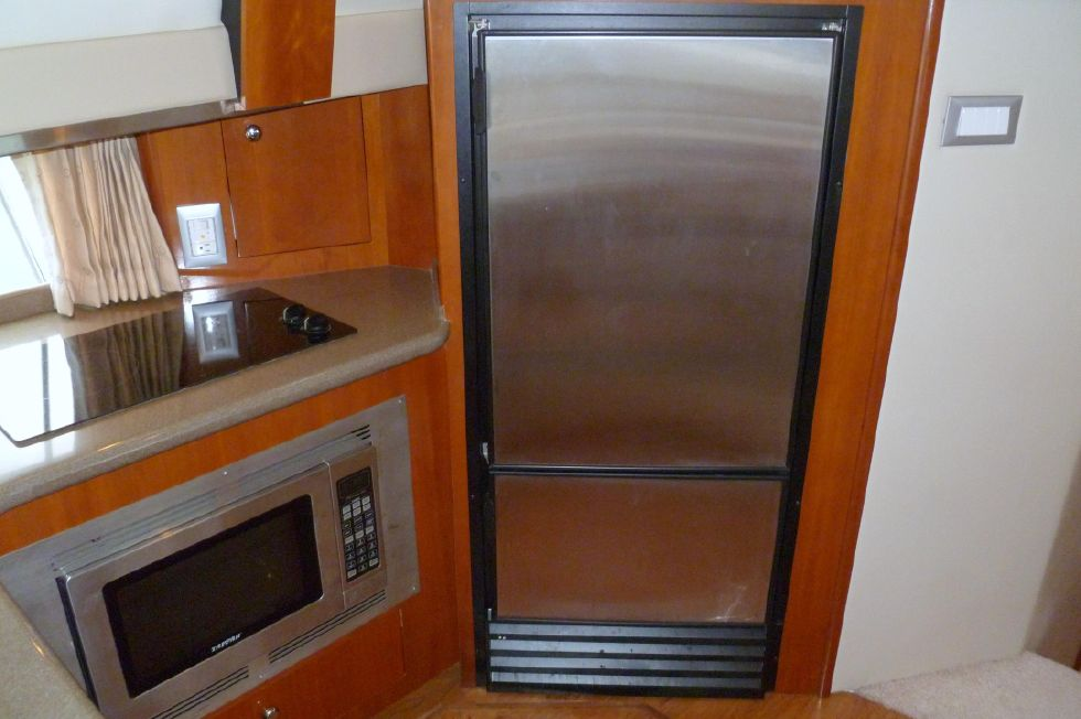Carver 42 SS Galley Fridge