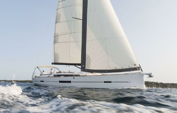 2018 Dufour 520 Grand Large