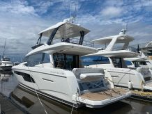 2021 Prestige 520 Flybridge - With Hardtop