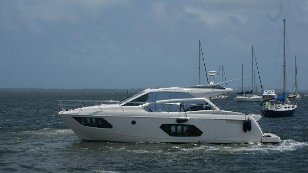 Absolute 45 Sport Yacht