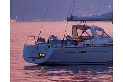 photo of  60' Beneteau Oceanis 58