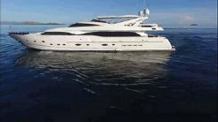 2005 Ferretti Yachts Custom Line 112