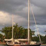 Hank Hinckley 42 Ocean Anchored in Paradise