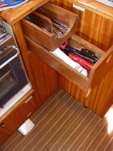 Galley drawers