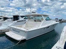 2014 Tiara Yachts 39 Open