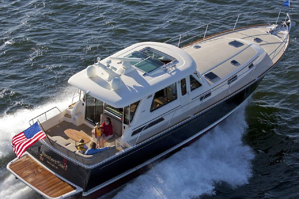 2017 Sabre 48 Salon Express Boats for Sale - DiMillo's Yacht
