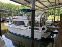 1985 Chris-Craft 362 Catalina