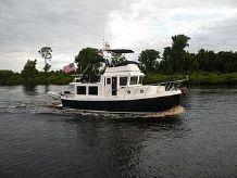 2009 American Tug 34 Flybridge
