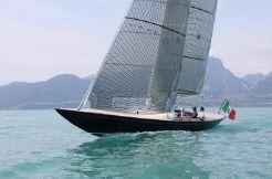 2021 Leonardo Eagle 44