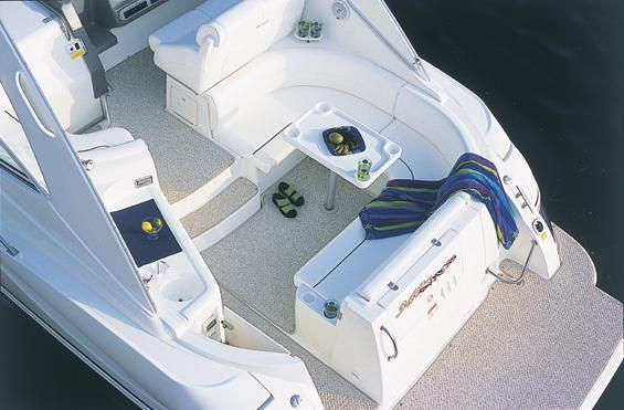 2005 Cruisers Yachts 340 Express w/Bow Thruster - Manufacturer Provided Image