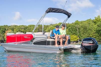 2018 Tahoe Pontoon LT Cruise Rear Bench - 20'