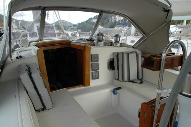 1992 Freedom 38 Sloop - Companionway w/Dodger