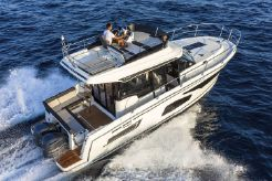 2021 Jeanneau Merry Fisher 1095 Flybridge