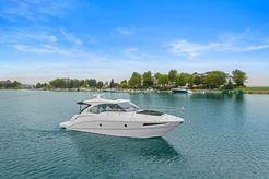 2016 Cruisers Yachts 41 Cantius