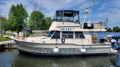 2004 Mainship 390 Sedan Trawler