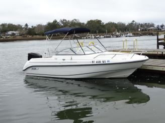 2003 Boston Whaler 18 Ventura
