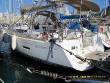 2013 Jeanneau Sun Odyssey 379