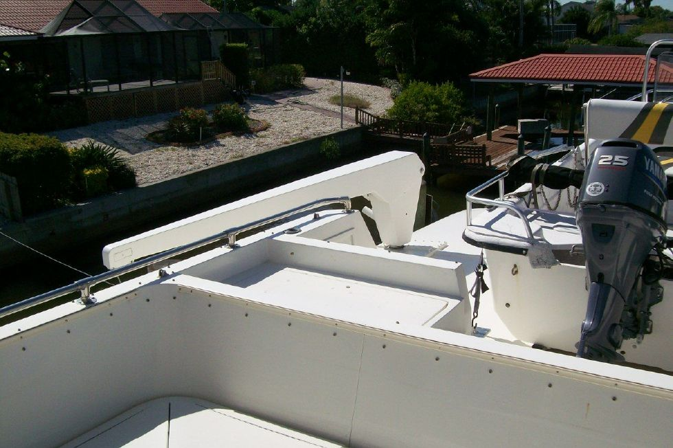 Starboard Davit (thats right 2 davits)
