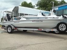 2015 Yellowfin 17 Skiff