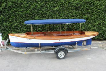 2006 Custom 18' River Launch