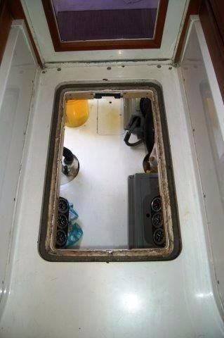 1997 Bertram 36 Convertible - Salon floor ER access