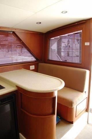 1997 Bertram 36 Convertible - Galley bar