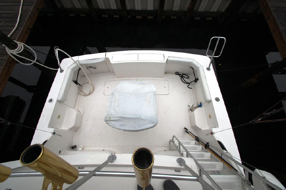 1997 Bertram 36 Convertible - Cockpit view from bridge