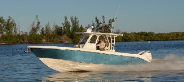 2021 Everglades 335 Center Console