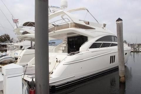 Princess 54 Flybridge Starboard Side