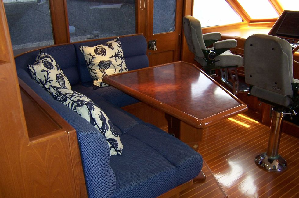 62 Offshore PH Pilothouse