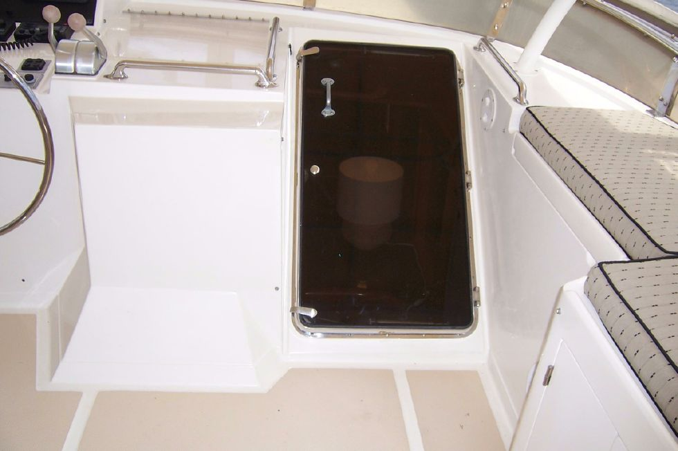 62 Offshore PH Upper Doorway To Pilothouse