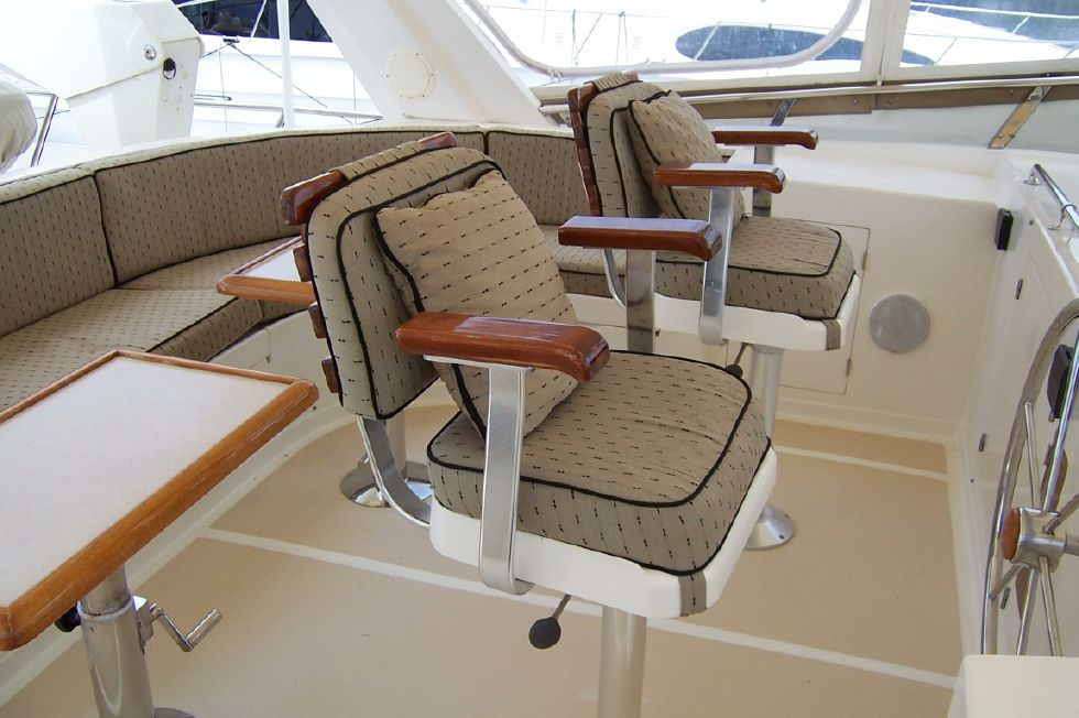 62 Offshore PH Upper Captain & Mate Chairs