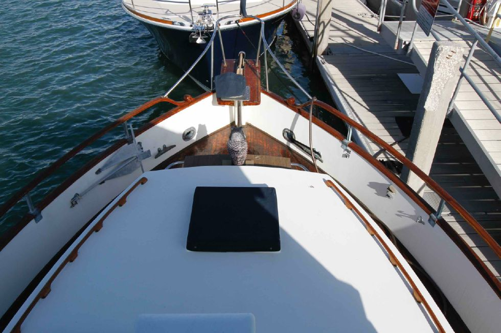Grand Banks 42 Motoryacht Flybridge View