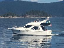 1996 Bayliner 3788 WITH TRANSFERABLE MOORAGE